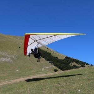 voli in deltaplano agriturismo santa croce