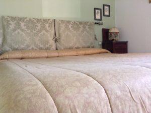 Gubbio: Appartamento Agriturismo Santa Croce camere letto